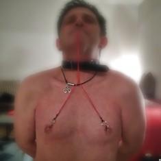 Slave boy de Brest cherche maitresse dominatrice