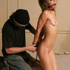 Réel couple BDSM de Paris
