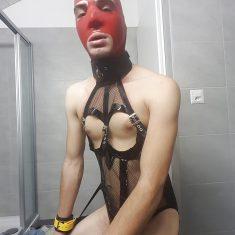 Travesti fetish aimant mots crus et humiliation en tout genre